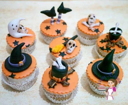 halloween-cupcake-topper-tutorial-64