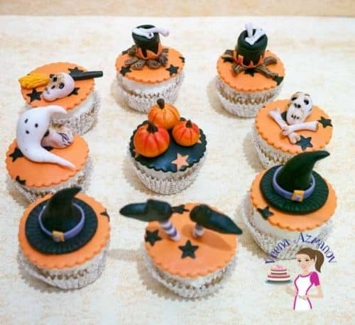 the most common simple and easy cupcake topper that everyone loves during halloween is a