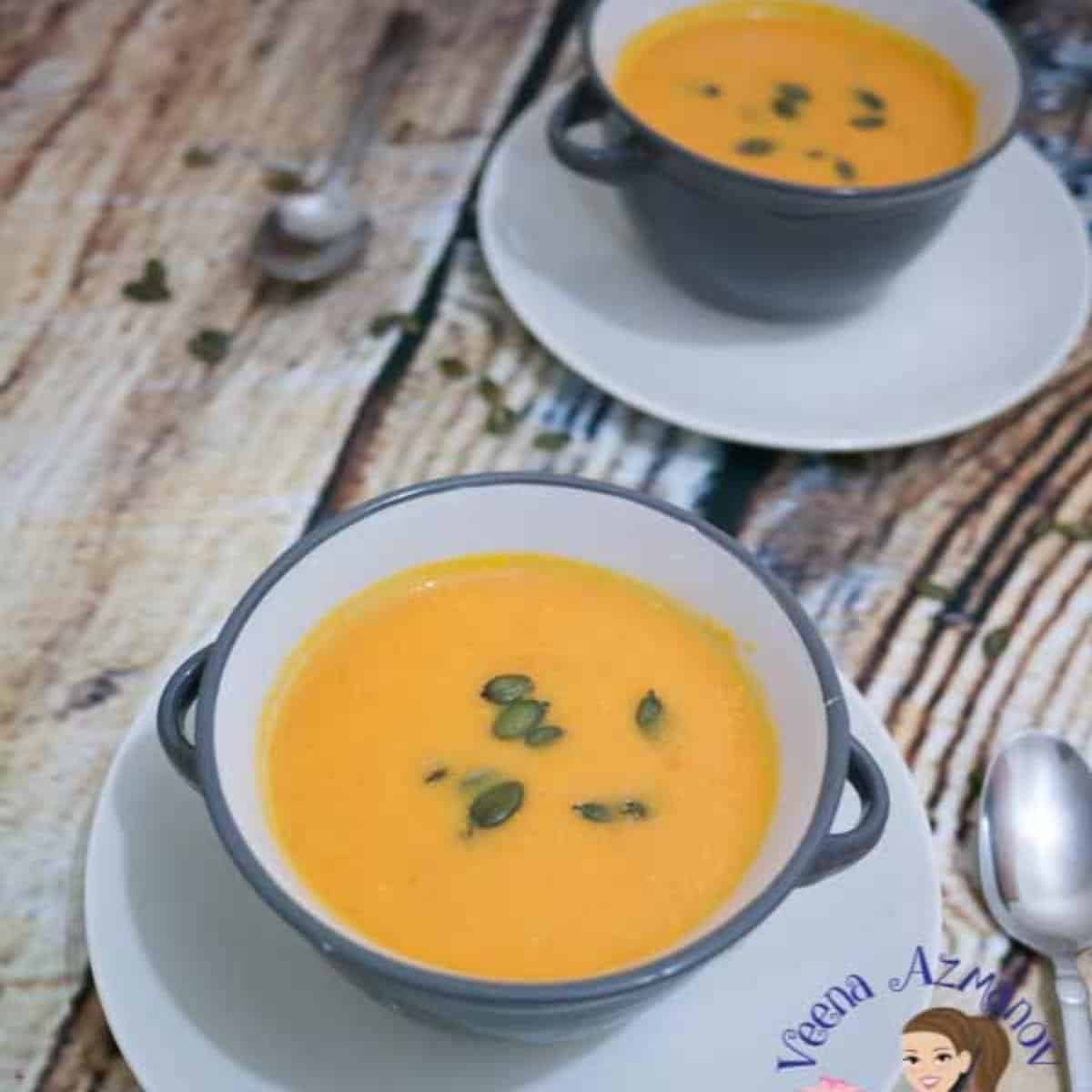 how to make homemade soup with pumpkin and maple syrup