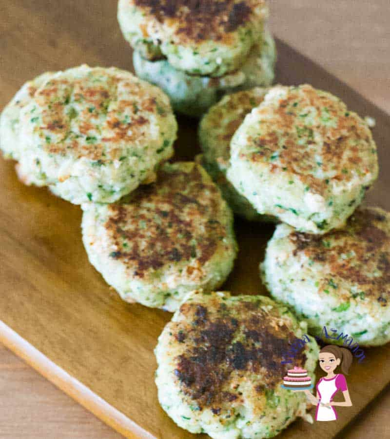Fish cakes on a wooden board.
