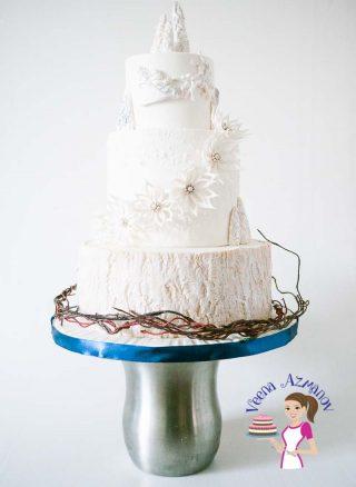 Winter theme Cake with Fantasy Winter Poinsettia