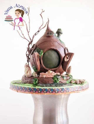 Hobbit inspired Bird House Cake – Kids Birthday Cake