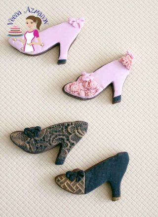 In this vintage shoe cookie tutorial I show you how I decorate these shoes using fondant and simple techniques such as dragees, embossing and metallic finish. These are great give away to any lady as a Valentine treat or as cookie favors after a special celebration.