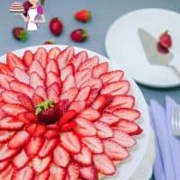 Easy Strawberry Tart Recipe - Classic or Eggless