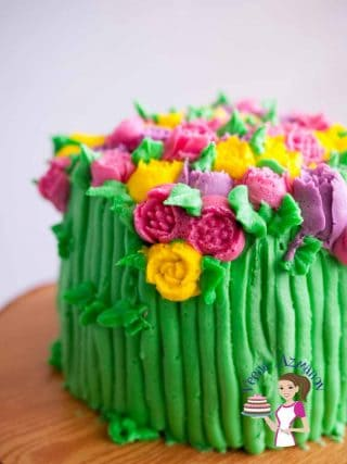 Floral Buttercream Cake with Russian Piping Tips  (Video Tutorial)
