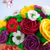 Stiff Buttercream frosting for cake decorating - Buttercream Flowers