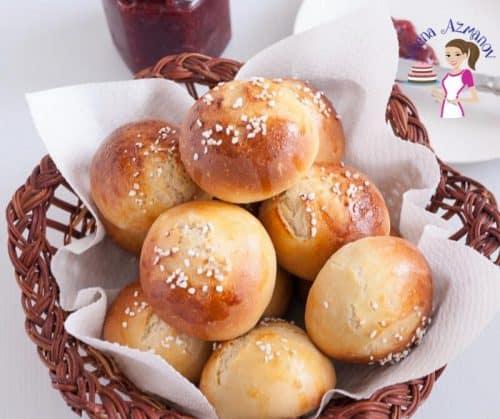 Brioche buns in a basket.