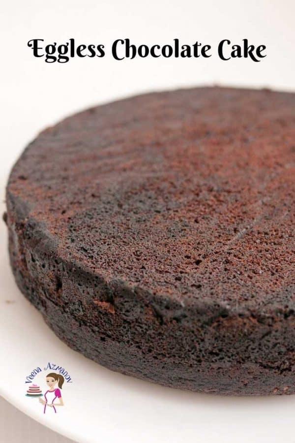 A close up of a chocolate cake.