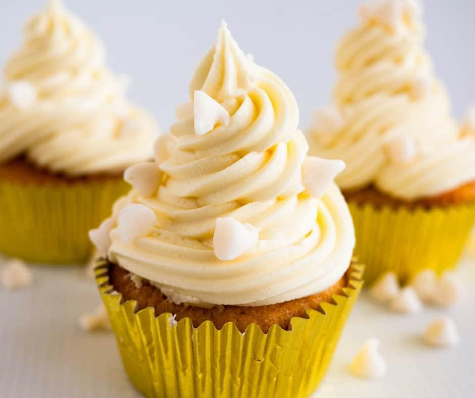 White Chocolate Cupcakes With White Chocolate Buttercream