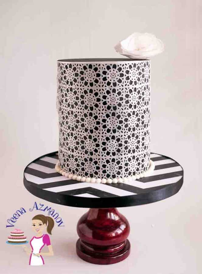 Another view to the Black and White Wafer paper Lace Cake