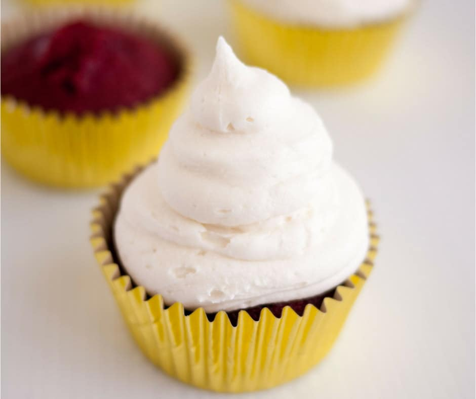 Simple Moist Red Velvet Cake Recipe