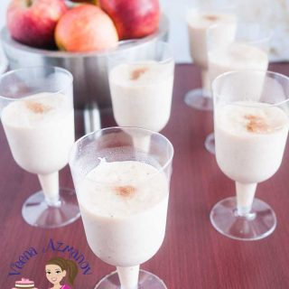 Glasses of cinnamon apple mousse.