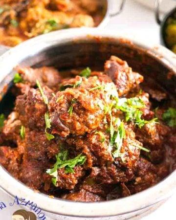 A bowl of lamb masala.