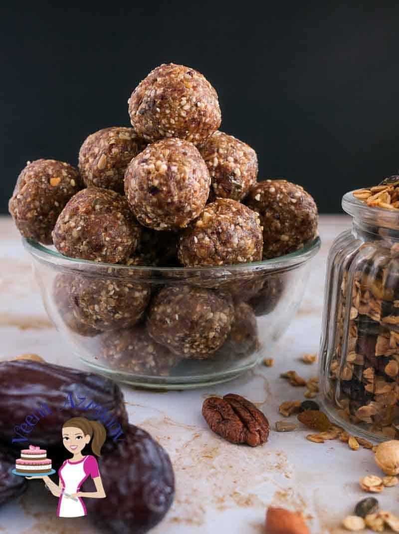 How to make No-Bake granola and dates Energy bites