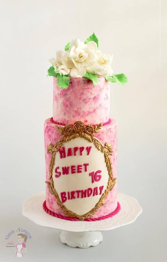 A sweet 16 birthday cake.