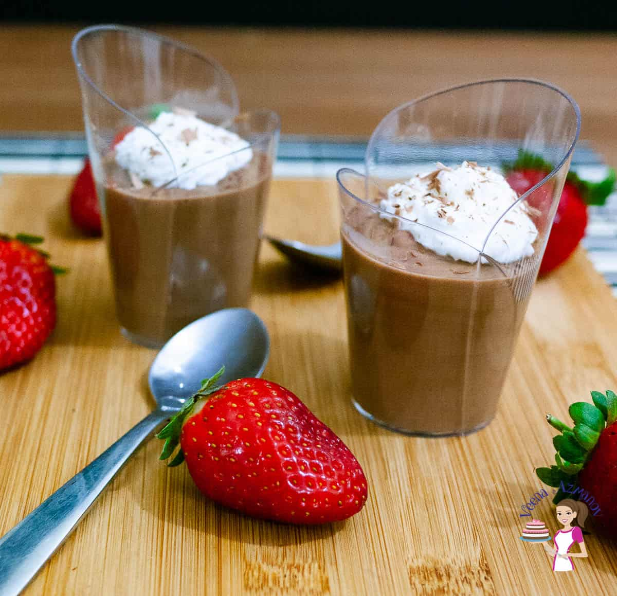 Chocolate mousse glasses for two