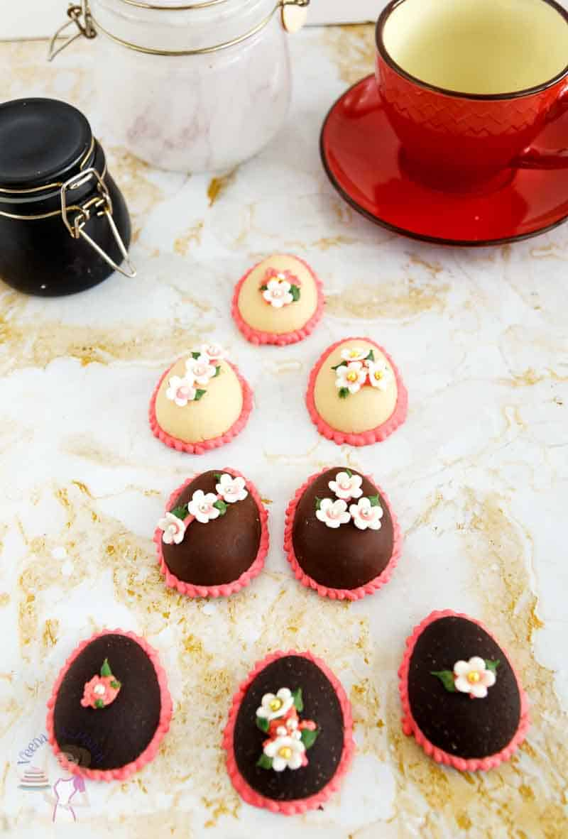 Chocolate and marzipan is always a perfect combination. This simple, easy and effortless recipe makes a scrumptious homemade chocolate marzipan in less than 5 minutes. Use it to make treats around holidays such as bars and truffles, or traditional chocolate marzipan Easter eggs and bunnies. These make perfect holiday gift ideas too.