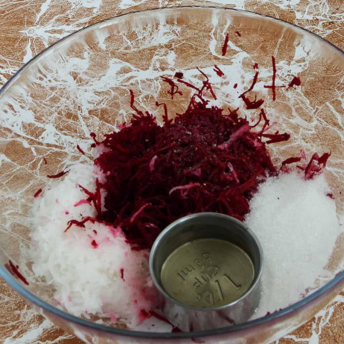 Progress pictures for horseradish.