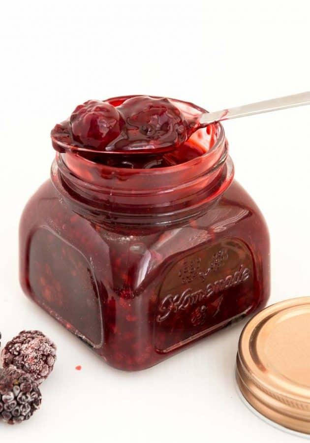 Blackberry filling in a jar.
