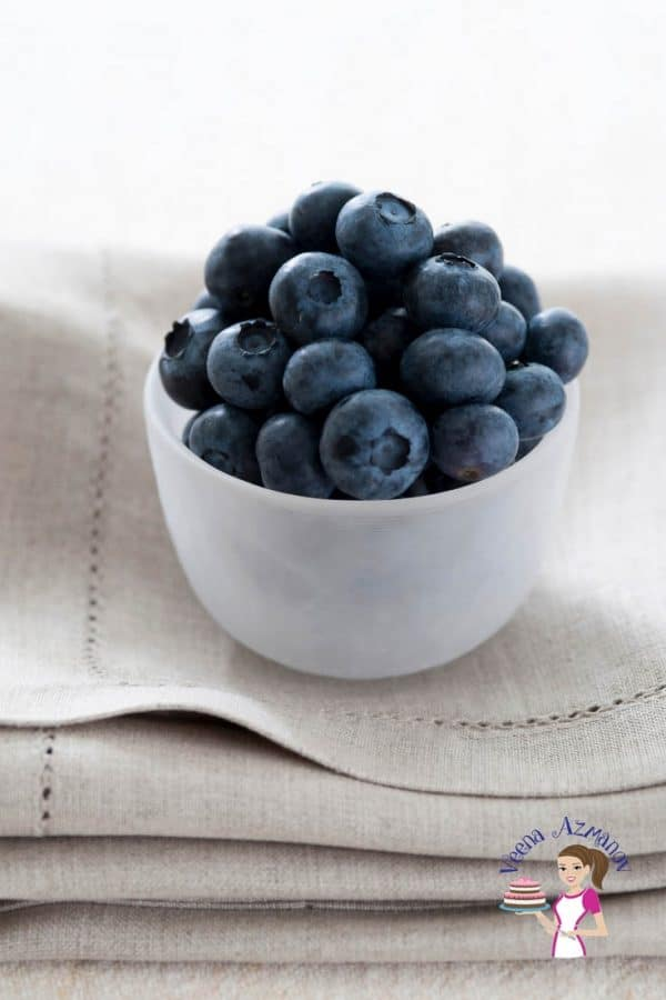 Fresh blueberries in a small bowl.