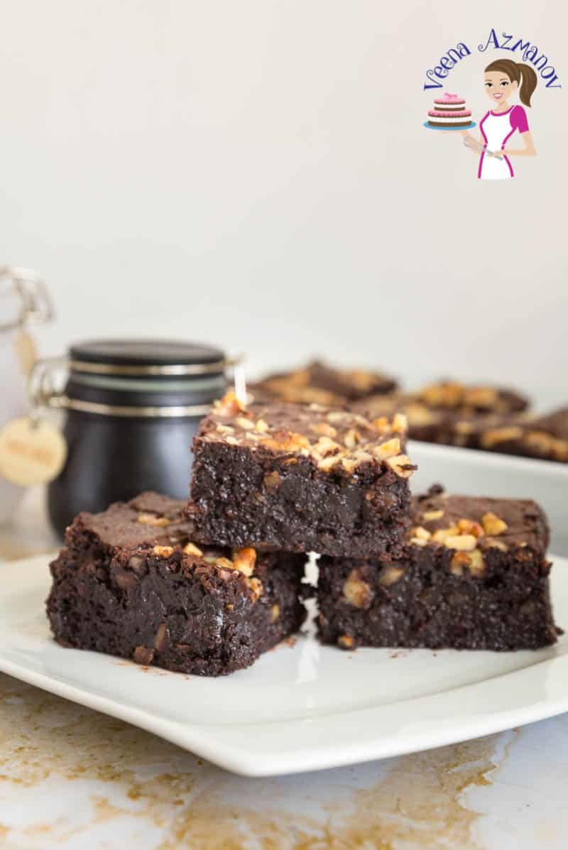 An image optimized for social media sharing for these fudge like easy chocolate walnut brownies recipe. Simple recipe that takes no more than 40 minutes in total.