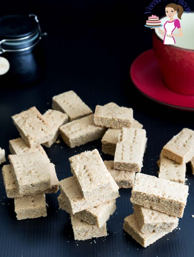 Make the Best ginger shortbread bars with molasses with this step by step video tutorial.