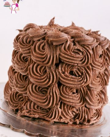 Rich, creamy, dark Nutella Buttercream Frosting aka hazelnut buttercream frosting made in 5 mins with perfect piping consistency.