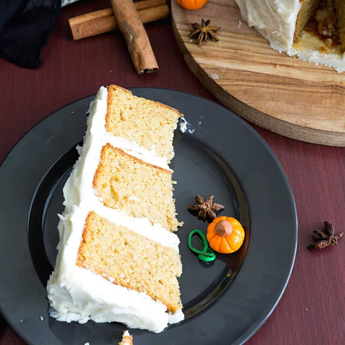 A slice of latte cake on a plate.