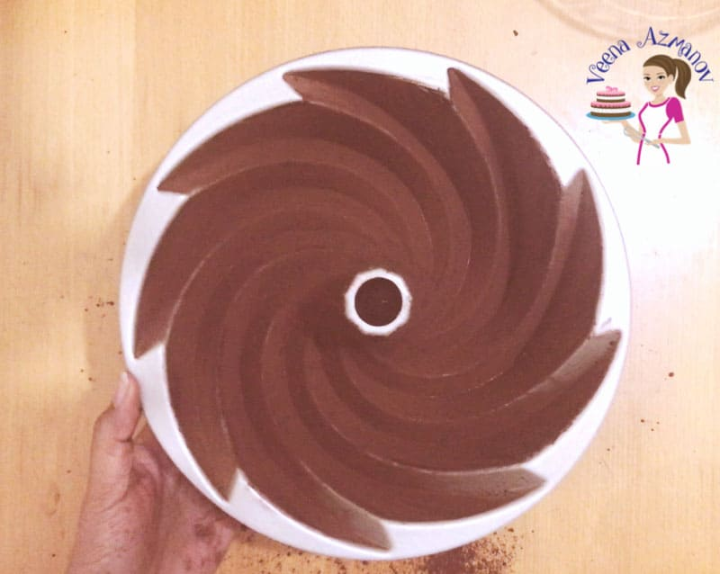 Devil's Food Chocolate Bundt with Chocolate Glaze Progress Pictures.