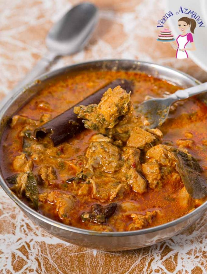 Chicken spiced curry served and ready to serve.