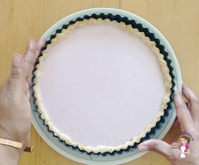 Chill the panna cotta tart