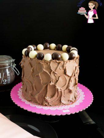 Layer Cake, Kahlua Coffee Liquor, Vanilla Cake, Kahlua Chocolate Buttercream Frosting