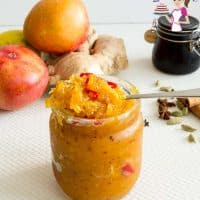 Spicy Indian Mango chutney with ginger, fresh mangoes and chilly
