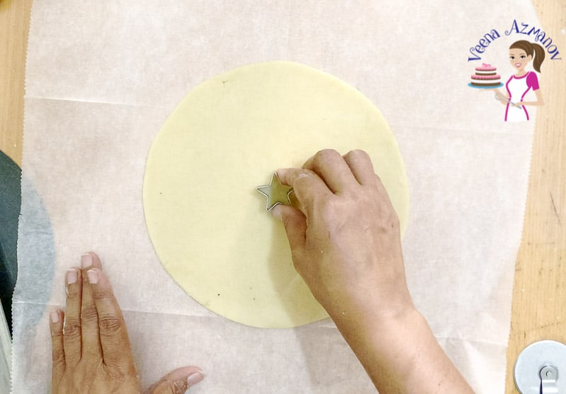 Creating the Top lattice crust for the Pie