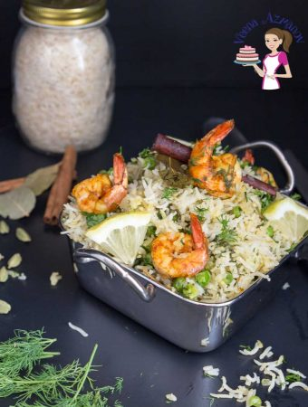 How to cook rice with aromatic spices and sauteed shrimps