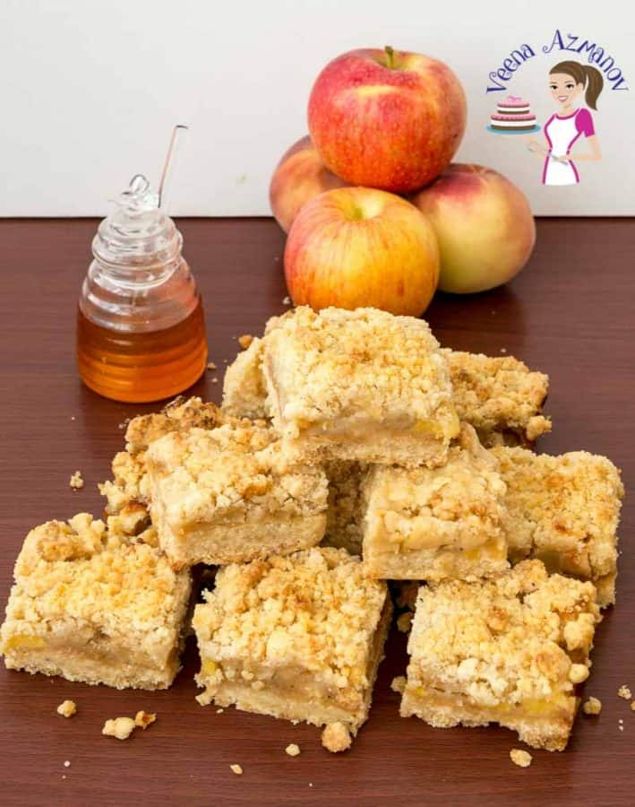 Learn to make the perfect crumble bar with apple filling and streusel topping