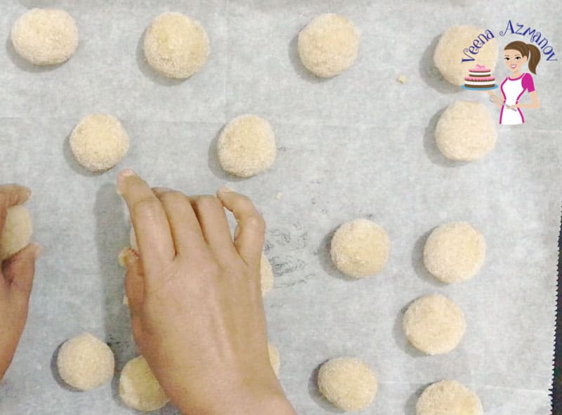 Learn to make the best cinnamon and sugar cookies with this video tutorial