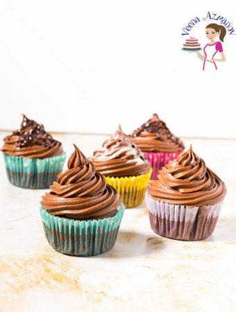 Make light and airy chocolate cupcakes with this cupcake recipe in chocolate flavor.