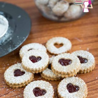 How to Make brown sugar cookies sandwiched with jam in between.