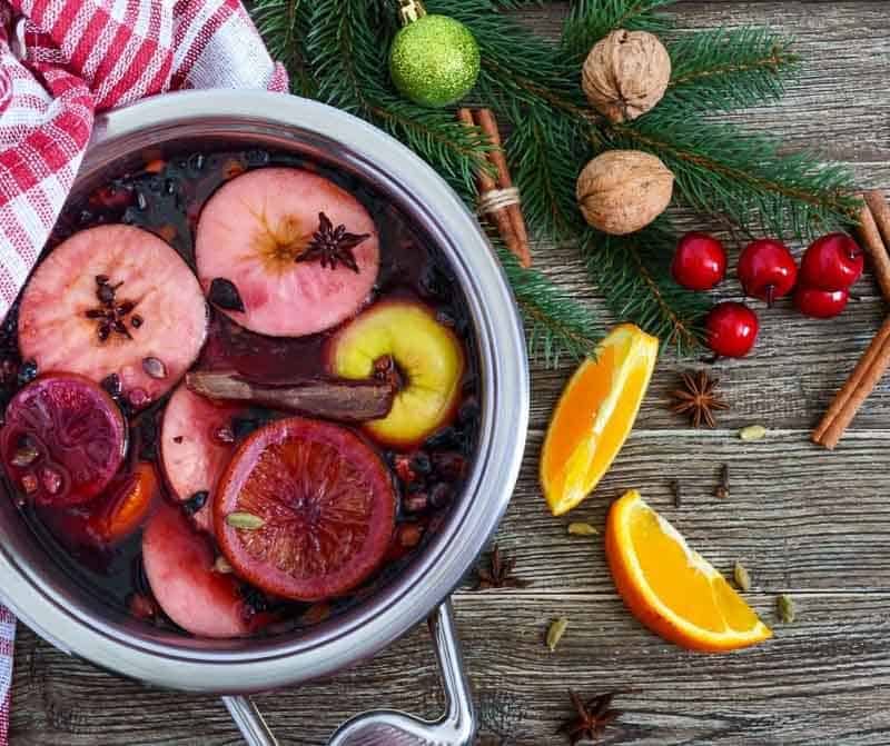 How to Make a mulled red wine at home this Winter