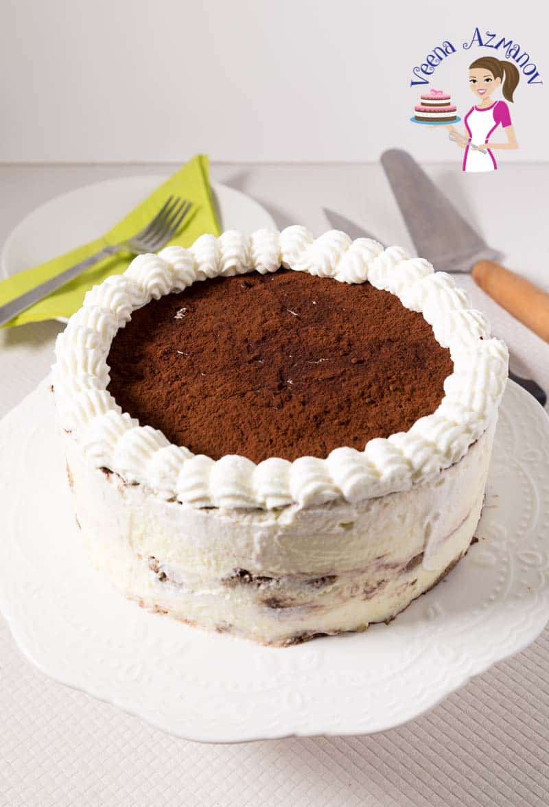How to make a cake with the classic tiramisu dessert