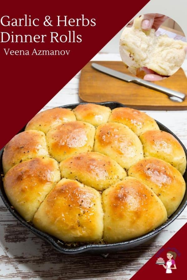 A pan filled with garlic dinner rolls.
