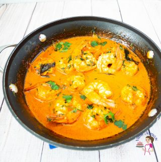 A pan with prawn curry.