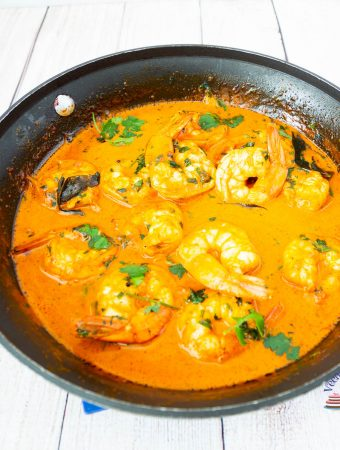 How to make a curry with just 6 ingredients using prawns