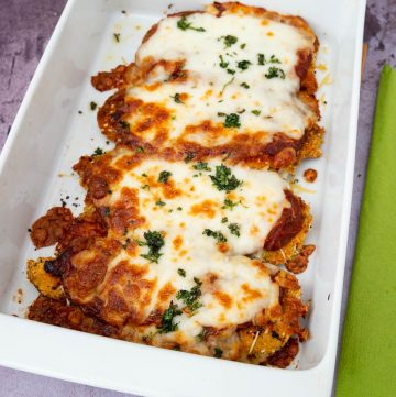 How to make a classic Italian breaded chicken recipe with tomato sauce and mozzarella