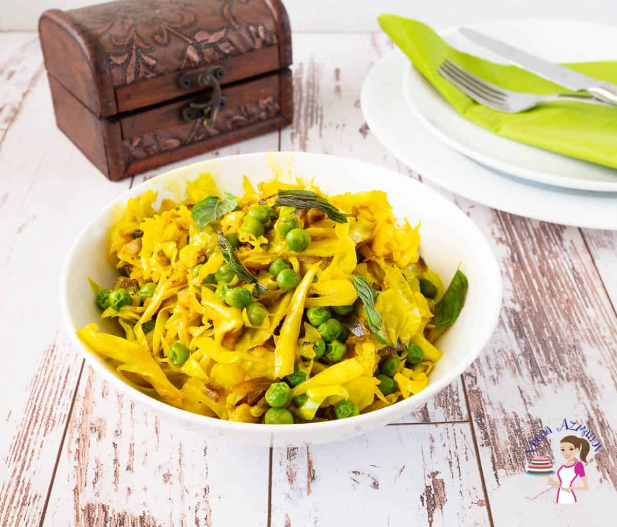 How to make Cabbage for a side dish with turmeric and peas