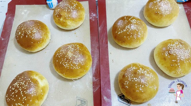 Bake the buns for 25 mins until golden
