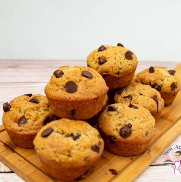 How to make homemade muffins with chocolate chips in just 30 mins