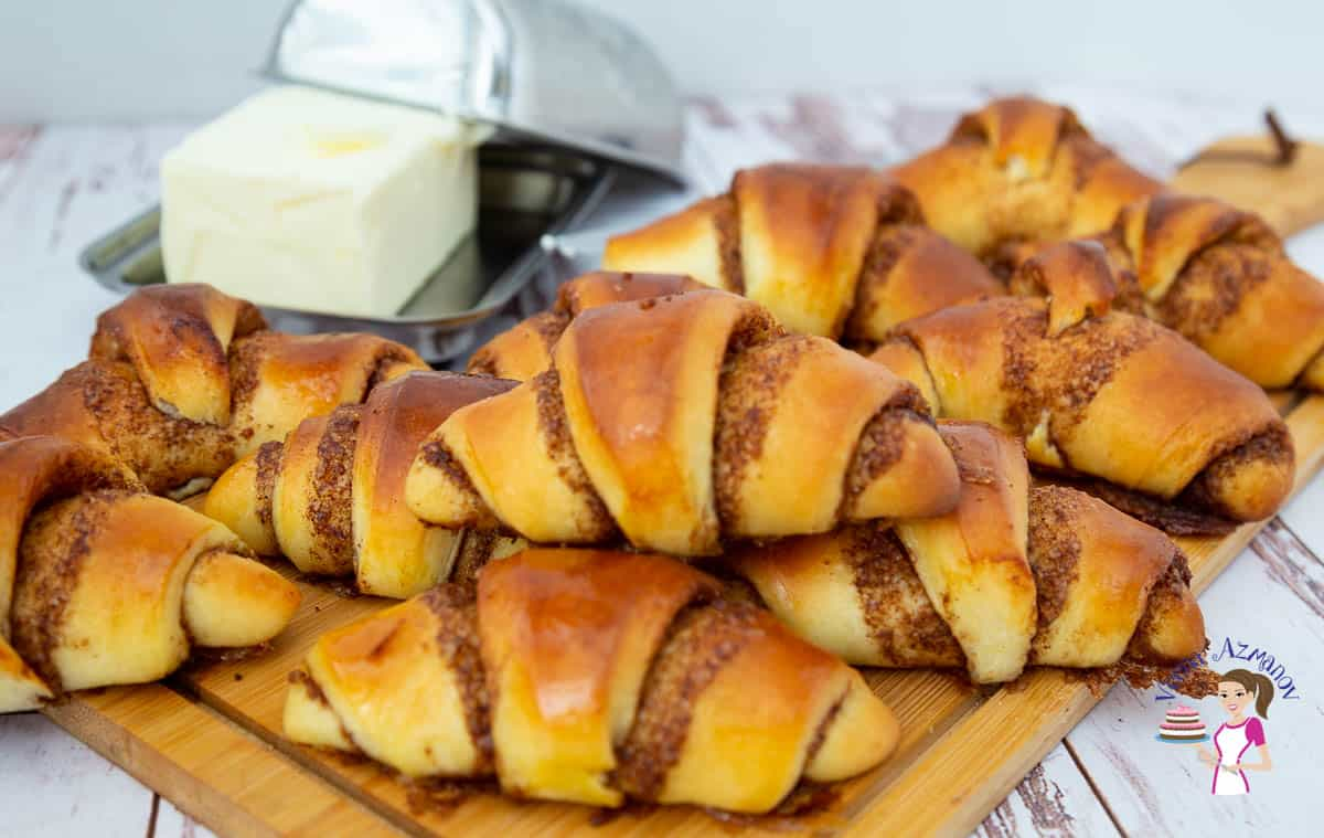 How to make Crescent Rolls into Cinnamon Rolls