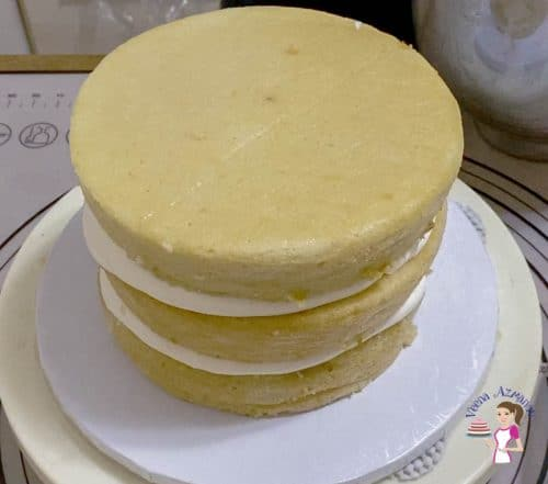 Stack the cake layers